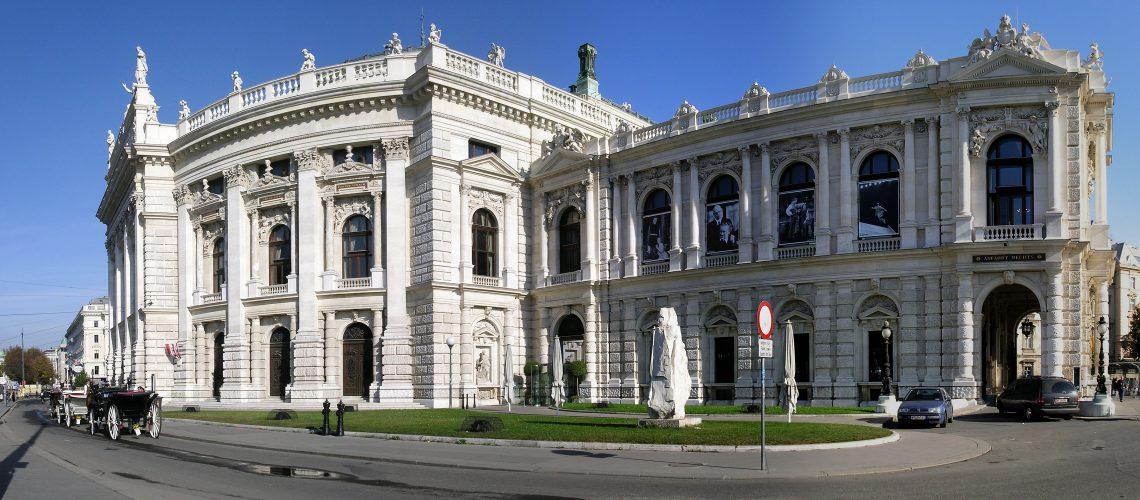 Burgtheater Wien mit Ringstraße